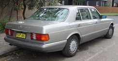 Facelift Mercedes-Benz 560 SEL V126 (long-wheelbase version)