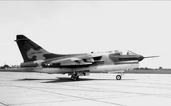 YA-7D-1-CV AF Serial No. 67-14582, the first USAF YA-7D, 2 May 1968. Note the Navy-style refueling probe and the modified Navy Bureau Number used as its USAF tail number.