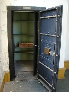 J&J Taylor Strongroom from 1901