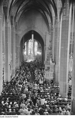 28 July 1950: memorial service for Bach in Leipzig's Thomaskirche, on the 200th anniversary of the composer's death