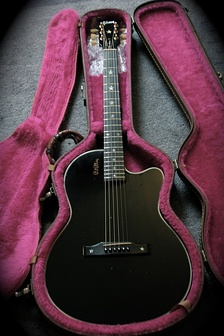 Gibson Chet Atkins SST in ebony color