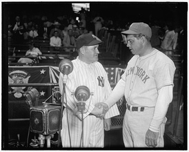 All-Star Game managers Joe McCarthy (left) and Bill Terry (right).