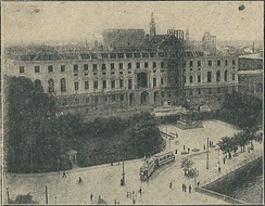 Construction of the third (and current) palace in 1914