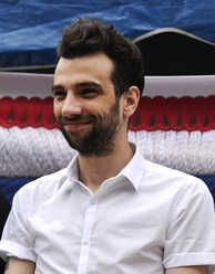 Jay Baruchel was praised by critics for his performance.