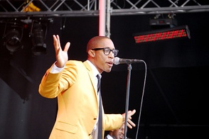 Saadiq performing at the 2009 Stockholm Jazz Festival, promoting The Way I See It.