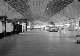 Interior of Union Station train concourse from West