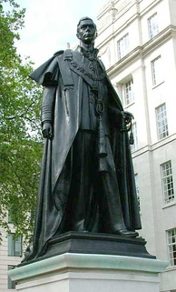 Statue of George VI at Carlton Gardens, London