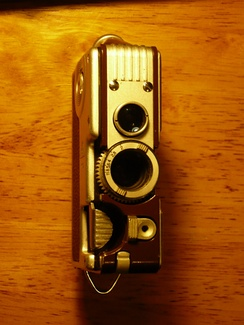 Goerz Minicord III twin lens reflex 16mm camera