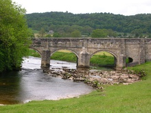 Grassington Bridge - geograph.org.uk - 1344866.jpg