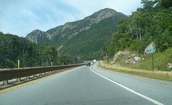 Northbound lane of Interstate 93/US Route 3 in Franconia Notch