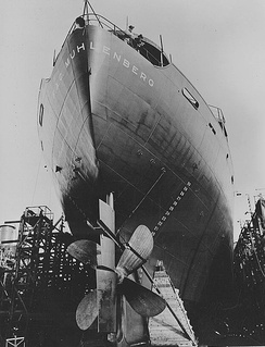 Construction of a Liberty Ship in California Shipbuilding's yard, June 1943.