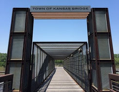 The Town of Kansas Bridge offers a connection for foot and bike traffic from the Riverfront Heritage Trail (starting at Berkley Riverfront Park) to the River Market.