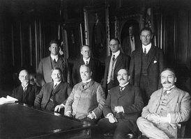 First meeting of the NACA in 1915 (Mihajlo Pupin seated first from right)