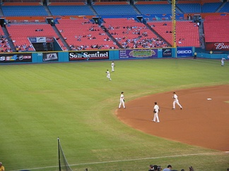 2006 Rebuilt Marlins taking the field in front of a sparse crowd. (counter clockwise) Hermida, Ross, Uggla, Ramírez, and Willingham