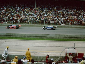 Gordon Johncock leads Rick Mears in the closing stages of the race.