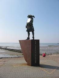 The statue of Willem de Vlamingh with the Hartog Plate, Vlieland.
