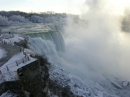 New York's Niagara Falls State Park is the oldest state park in the United States.[1]