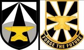 Army Futures Command shoulder sleeve insignia (left) and distinctive unit insignia (right)