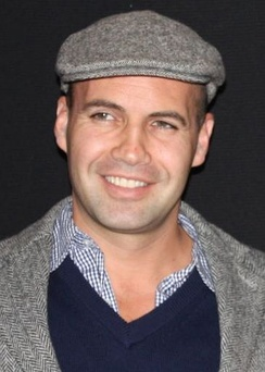 Billy Zane [32]