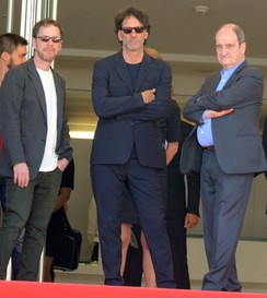 Ethan and Joel Coen, Main Jury Presidents, with Festival President Pierre Lescure.