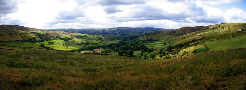 A High Peak panorama between Hayfield and Chinley