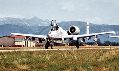 An Air National Guard A-10 Thunderbolt II aircraft from the 104th Fighter Group, Massachusetts Air National Guard, taxis on the runway at Aviano Air Base, Italy to take off for NATO airstrikes against the Bosnian Serbs, 6 September 1995