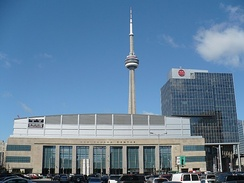 Two Canadian shows of the tour took place at the Air Canada Centre