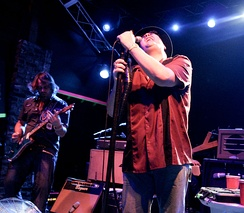 Blues Traveler performing in 2008