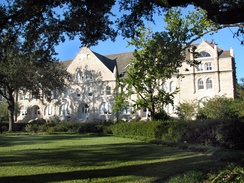 A view of Gibson Hall at Tulane University