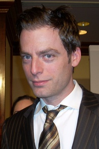 Justin Kirk, Best Actor in a Comedy or Musical Series winner
