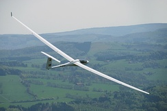 An ASH 31 glider with very high aspect ratio (AR=33.5) and lift-to-drag ratio (L/D=56)