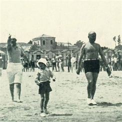 The Duce Benito Mussolini in a beach of Riccione, in 1932