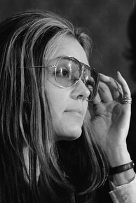 Gloria Steinem at a meeting of the Women's Action Alliance, 1972