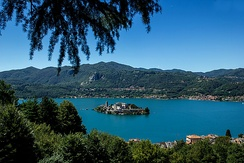 Alpine lakes like Lake Orta are characterised by warmer microclimates than the surrounding areas