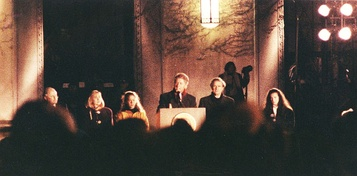 Presidential candidate Bill Clinton in front of Rackham School at the University of Michigan on October 19, 1992, flanked by Michigan Senator Carl Levin, Hillary Clinton, Chelsea Clinton and Michigan Senator Donald W. Riegle, Jr.