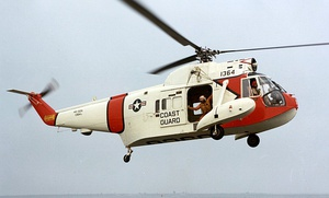 HH-52A Seaguard with rescue basket (cropped).jpg