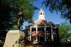 The historic Leesburg courthouse serves as the seat of government for Loudoun County, Virginia