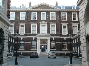Scruton rented an apartment in the Albany; the rooms had previously been Alan Clark's servants' quarters.