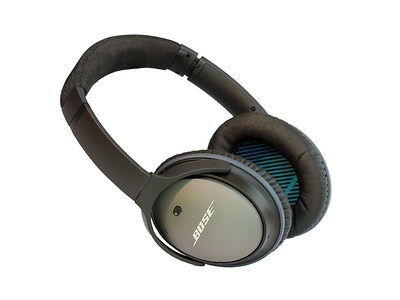 QuietComfort 25 headphones