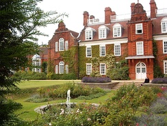 Newnham College is one of three existing women's colleges.