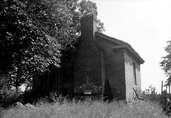The detached brick kitchen building at the former Lowry Plantation outside of Marion, Alabama.  The main house is wood-frame with brick columns and piers.