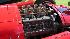 A 2.5 L V8 in the Lancia-Ferrari D50