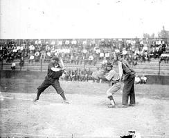 Hill batting for the Leland Giants in 1909.