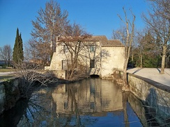 A mill on the Vaucluse Canal in the Pont des 2 eaux district