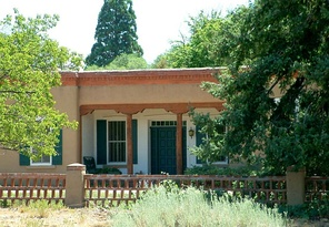 Oldest surviving Territorial house in Santa Fe