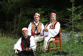 Men from Kukes wearing xhamadan