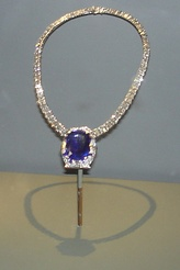 Bismarck sapphire necklace (1935), now at the US National Museum of Natural History