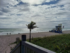 A photo of Hollywood Beach taken in late October 2020, during the COVID-19 pandemic