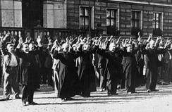 Bydgoszcz 1939 Polish priests and civilians at the Old Market, 9 September 1939