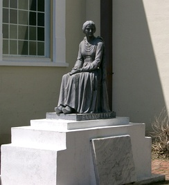 A statue of Evangeline - a heroine of the dérangement and of Henry Wadsworth Longfellow's famous poem